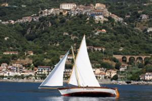Il 6 e 7 settembre a Marina di Pisciotta si terrà la IX edizione della regata di vela latina